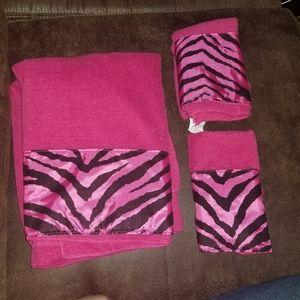 Pink Zebra Print Towel Set